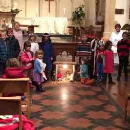 Enstone Crib and Christingle Service